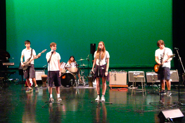 Students Lexi Swift, Isaac Ooi, James Weidner, Nadia Hassan and Nate Wehrman perform at PAUFEST - Photo by Alyssa Renert
