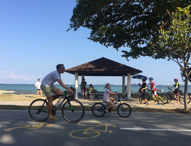 East-coast-park-biking-by-the-beach-650-x-497