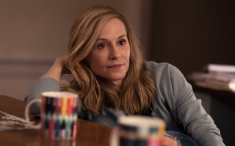 Holly Hunter is Beth Gardner in The Big Sick