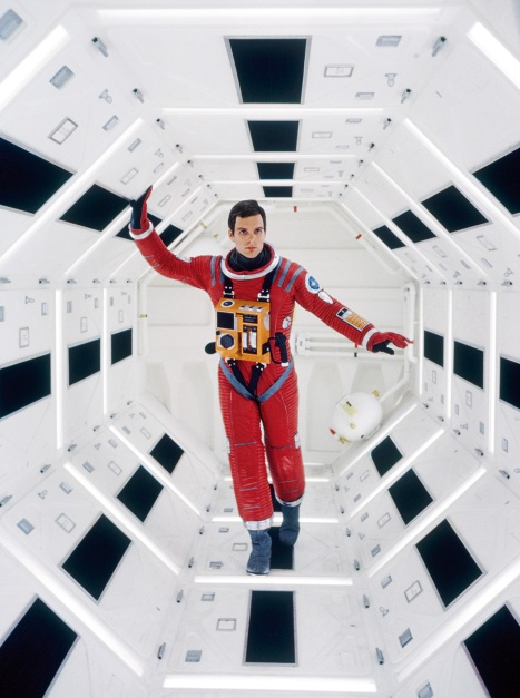 53bc1845a92859c669bf3624_2001-space-odyssey-exclusive-ss01
